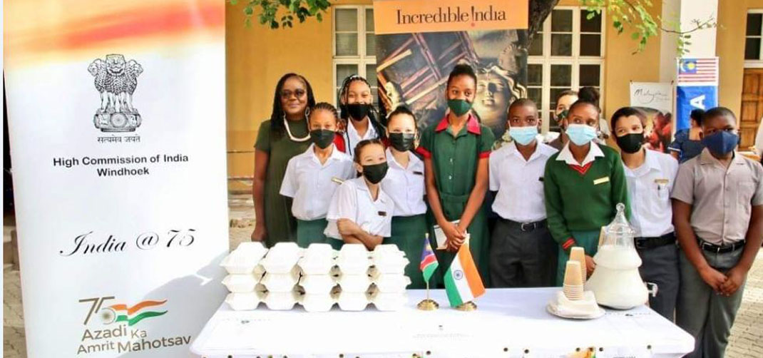 <p>High Commissioner with Deputy Prime Minister of Namibia</p>