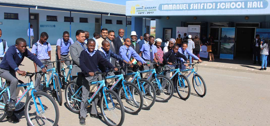 <p> Donation of Bicycles on World Bicycle Day to mark Gandhi@150</p>
